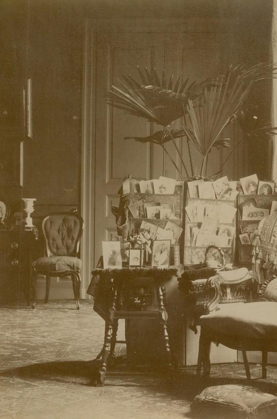 erleben sie geschichte neu vom 1 januar 1900 bis heute. Black Bedroom Furniture Sets. Home Design Ideas