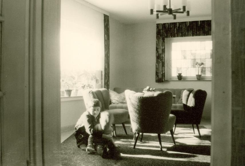 Wohnzimmer kinder m bel sessel wohnzimmer junge m dchen for Wohnzimmer 1950